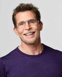 Rick Bayless mug in Blue T Shirt