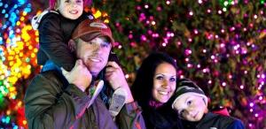 Family enjoys the Christmas lights at Zoofest