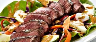 Steak Salad for Summer Evenings